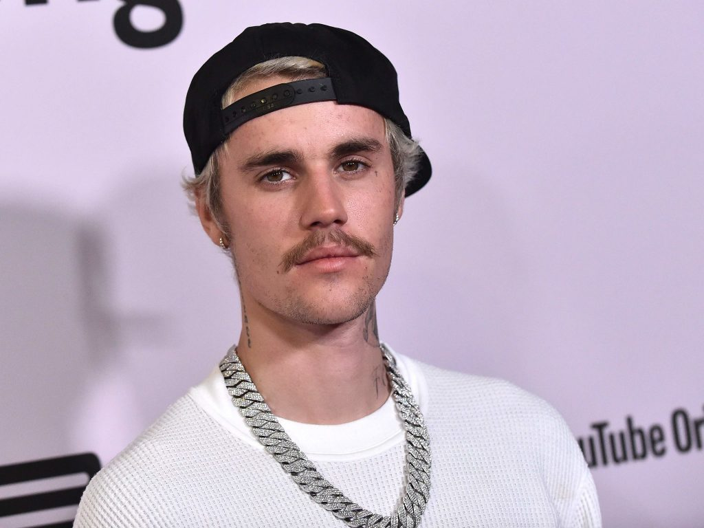 Justin Bieber Lonely Review